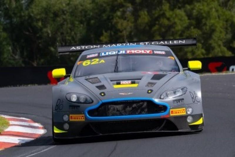 Aston Martin dyktuje tempo