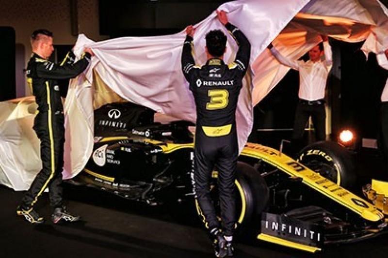 Renault walczy z czasem