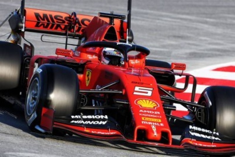 Vettel: Brzydkie, przednie skrzydła