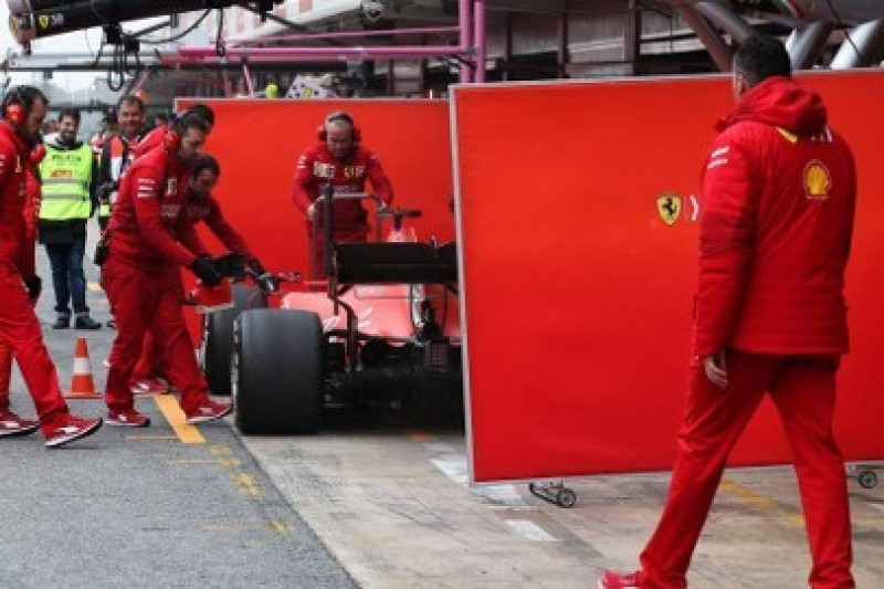 Tost: 0,5 s przewagi Ferrari nad Mercedesem