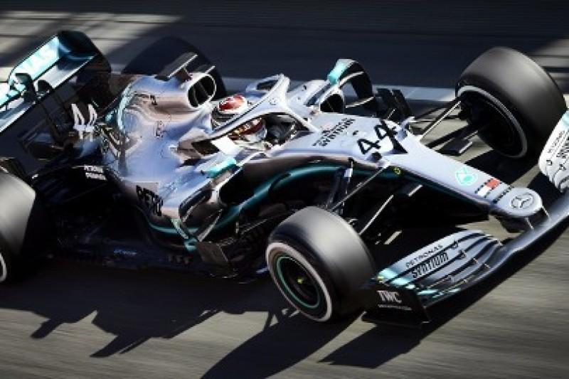 Hamilton ostrzega Mercedesa