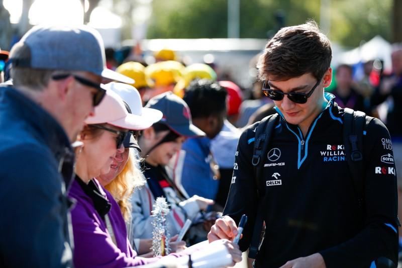 George Russell: Fast die ganze Familie ist beim Formel-1-Debüt dabei