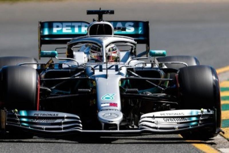 Hamilton z przodu, Williamsy z tyłu