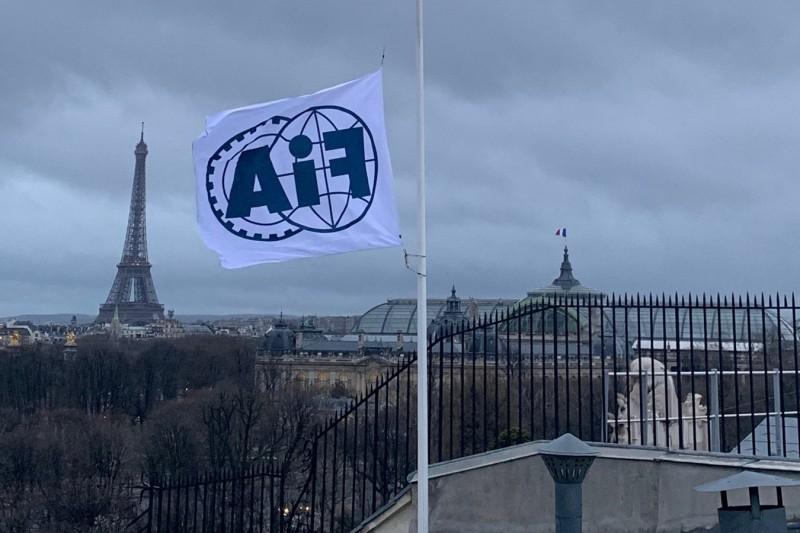 Nach Tod von Charlie Whiting: FIA setzt Flaggen auf Halbmast