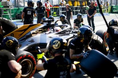 """Haas nach erneuter Melbourne-Boxenpanne: """"Üben und ruhig bleiben"""""""