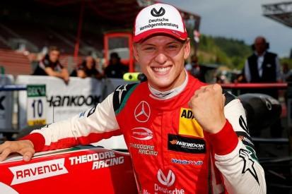Anzeige So sehen Sie Mick Schumachers F2-Debüt exklusiv LIVE auf F1 TV!