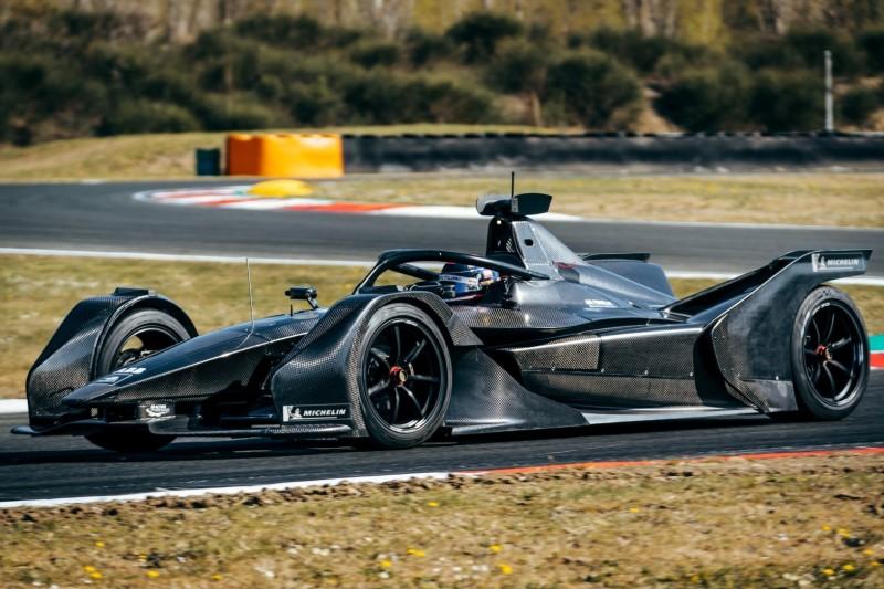 Mercedes absolviert ersten Shakedown mit neuem Formel-E-Auto
