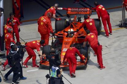 Albons Bremsen in Flammen: Vettel schickt Ferrari-Mechaniker zu Hilfe
