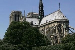 Notre-Dame in Flammen: SRO spendet für Wiederaufbau