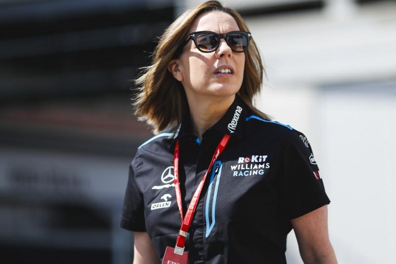 """Nach Gullydeckel-Vorfall in Baku: Claire Williams """"extrem verärgert"""""""