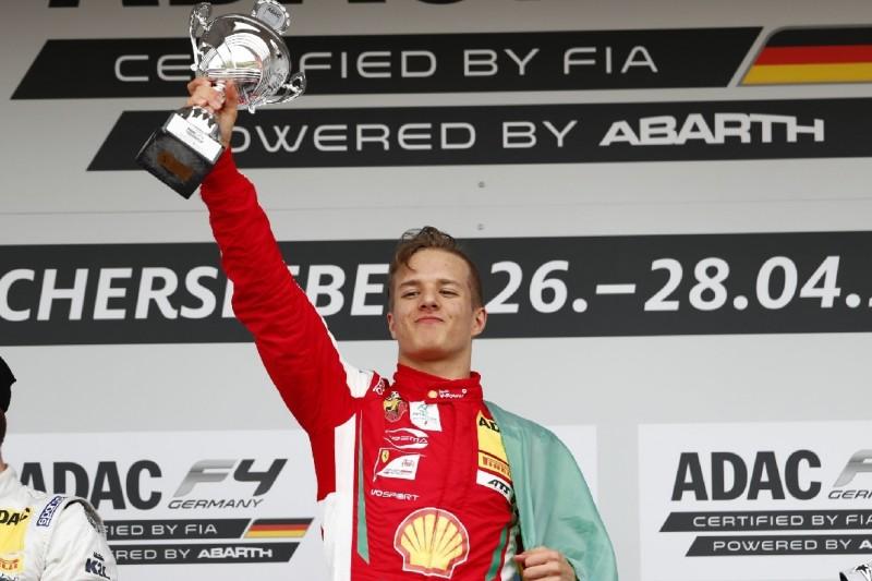 Formel 4: Petecof feiert überlegenen Start-Ziel-Sieg in Oschersleben