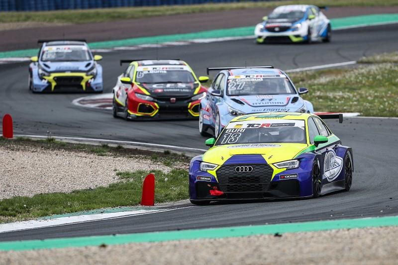 TCR Germany Oschersleben: Buri gewinnt Lauf 2 bei