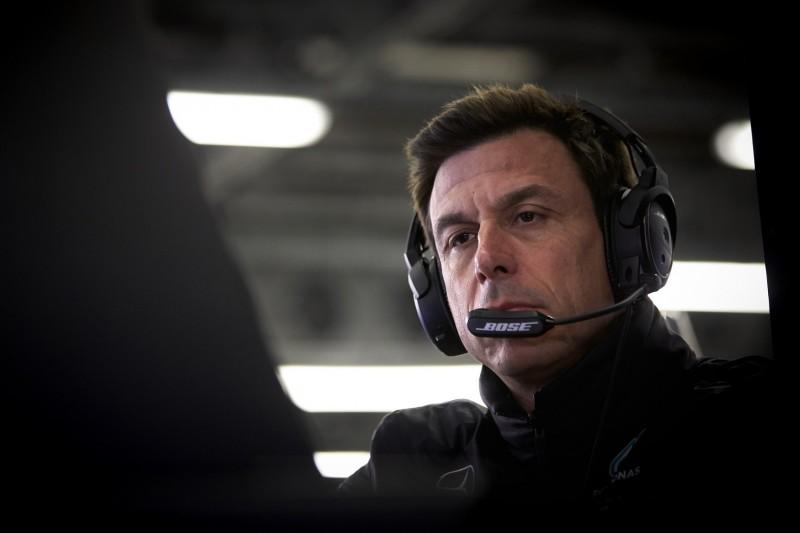 Keine Mercedes-Teamorder: Was Toto Wolff kurz vor Rennende am Funk sagte