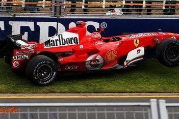 """Stewart: """"Schumacher neemt te veel risico's"""""""