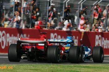 """Lauda: """"Schumacher faalt onder druk"""""""
