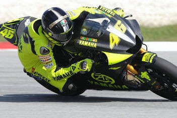 Yamaha test verder op Sepang