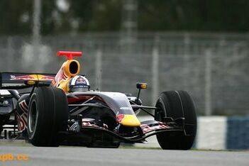 Red Bull haalt kinderziektes uit RB3