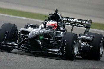 Halliday en Reid delen auto op Brands Hatch