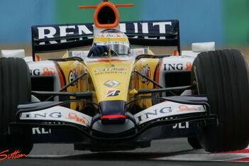 Renault legt beslag op derde startrij