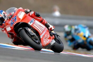 Stoner snelste op eerste testdag Brno