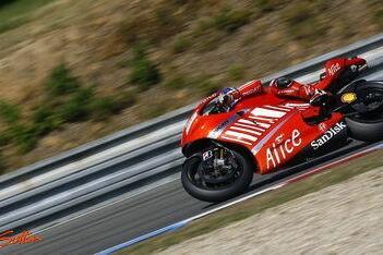 Stoner wederom snelste in Brno