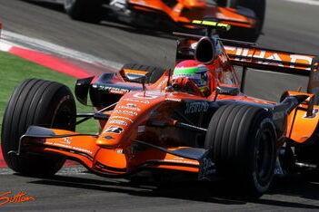 Problemen met brandstofdruk voor Spyker F1
