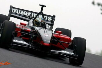 Dominguez finisht niet voor Minardi