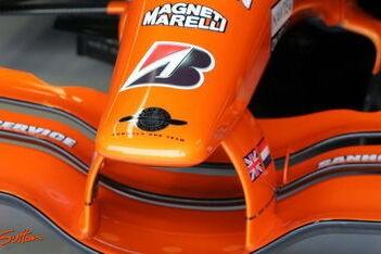Mol en Kingfisher doen bod op Spyker F1