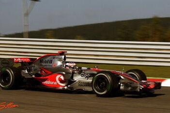 McLaren bovenaan na tweede training Spa