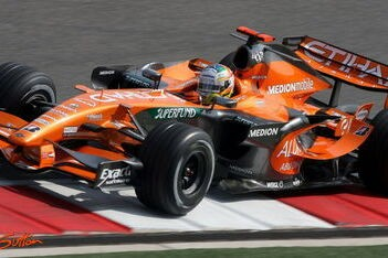 Spyker F1-rijders willen meer topsnelheid