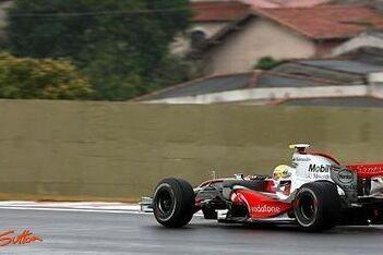 Hamilton bovenaan na tweede training Brazilië