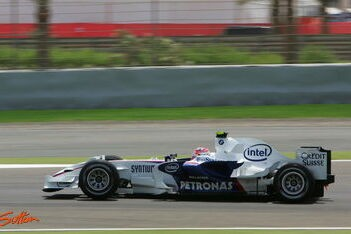 Kubica in de wolken met eerste pole