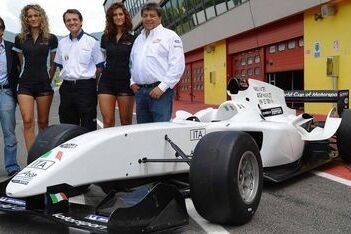 A1 Team Italië presenteert nieuwe auto