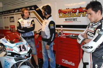 De Puniet blijft in 2009 bij LCR Honda