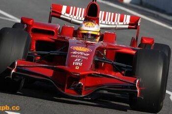 Badoer verzorgt Formule 1-demo in Bologna