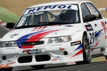 Van Lagen blijft in 2009 voor Lada Sport rijden