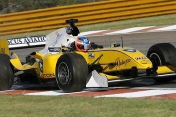 Lim klaar voor racedebuut op Brands Hatch