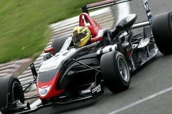 Buttarelli enige coureur uit European F3 in Masters