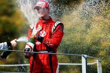 Razia wint sprintrace Monza, Hülkenberg kampioen