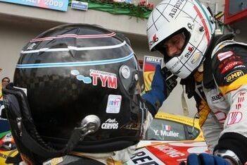 Tarquini wint Italiaans crashfestijn in Imola