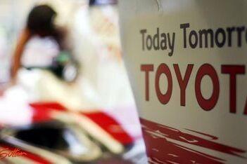 Toyota met nieuwe onderdelen naar Singapore