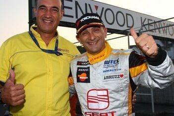 Tarquini vertrekt van pole-position in Japan