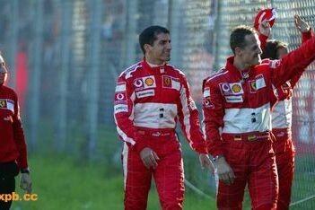'Schumacher had in derde Ferrari kunnen zitten'