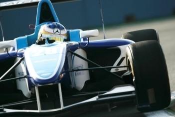 Tien coureurs krijgen gridstraf voor eerste race
