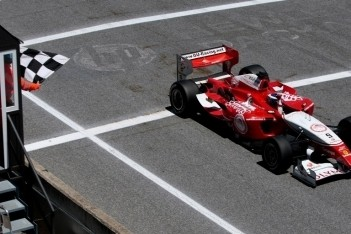 Van der Drift sterkste in finalerace Nürburgring