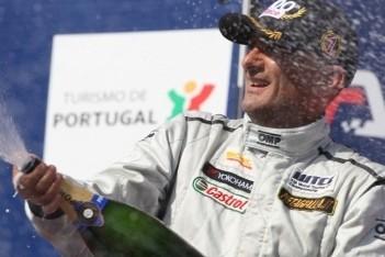 Tarquini viert vierde overwinning van het seizoen