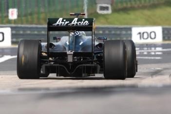 Lotus zet 16-jarige Maleisiër achter het stuur
