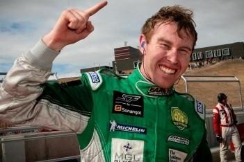 Martin pakt overwinning in eerste race