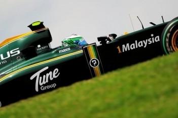 Team Lotus verandert kleuren toch niet in 2011