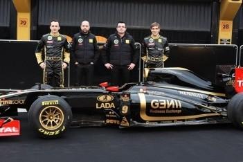 Lotus Renault stelt R31 voor in Valencia